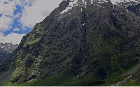 8 Days Rwenzori Mountain Hiking & Trekking Safari Tour involve Adventure and Adrenaline activities for special interest groups like Mountain Climbing, Rock climbing,