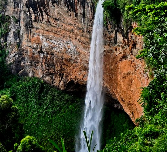 3 Days River Nile Exploration & Sipi Falls Hiking Tour will Begin by driving to Mbale Town, were you will enjoy the beauty of Mountain Elgon and visit and meet the Local people called the Bagisu more about the bagishu culture